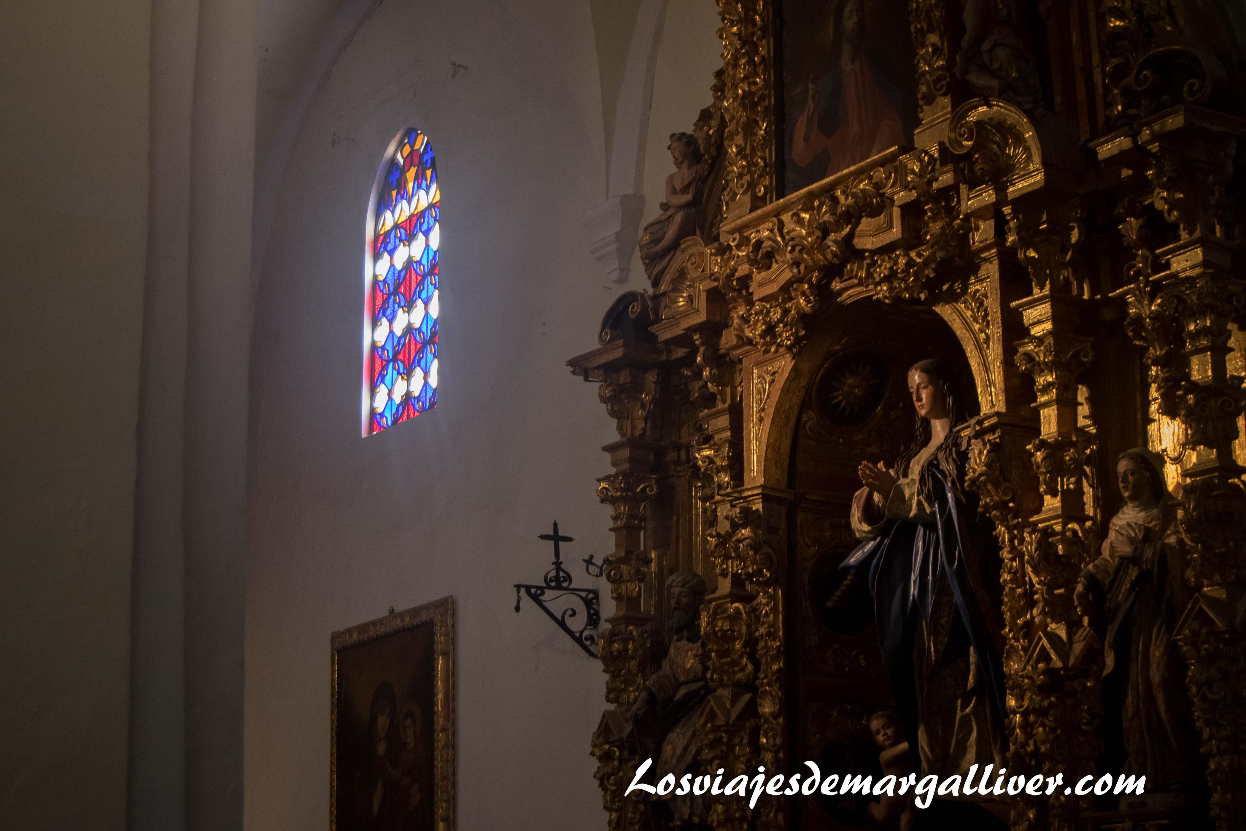 Interior Iglesia de San Juan Bautista en Marchena, a una hora de - Los viajes de Margalliver